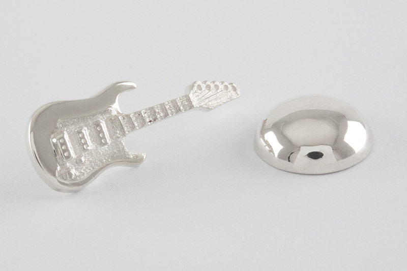 Guitar Lapel pin