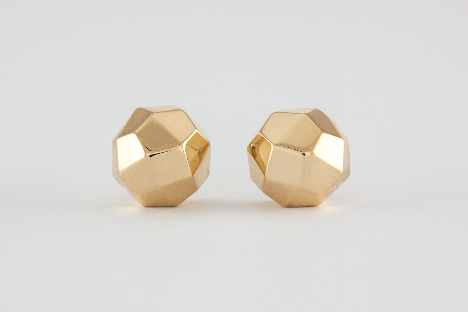 metallic women caviar stud collection earrings lyst s in gold jewelry lagos